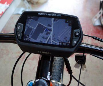 VAE : Console GPS Bosch Nyon
