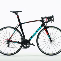 695 Zr Black Fluo Red Blue